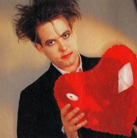 Cure Robert Smith heart 87